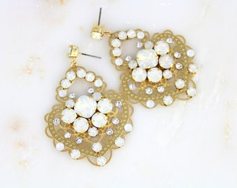 Crystal Bridal earrings, Bridal jewelry, Gold Wedding earrings, Chandelier earrings, Swarovski earrings, Statement earrings, Opal earrings