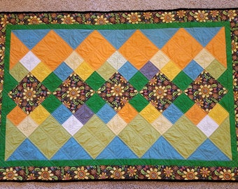 """Modern baby quilt or quilted wallhanging handstitched """"Summer Swirls"""" homemade quilt for sale, baby quilt for sale handstitch handmade quilt"""