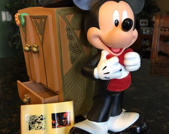 Art of Disney 75 YEARS Mickey Mouse Figurine w/book pin~ by Costa Alavezos with COA!!
