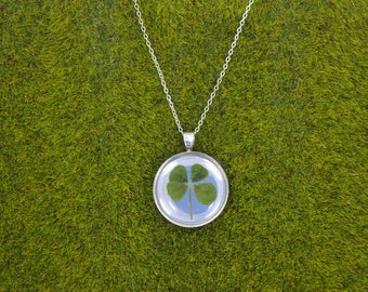 Dainty Genuine 4 Leaf Clover Necklace [SS 014] / Nickel, Cadmium, Lead Free; Silver Plated / White Clover Pendant /Triforium Repens
