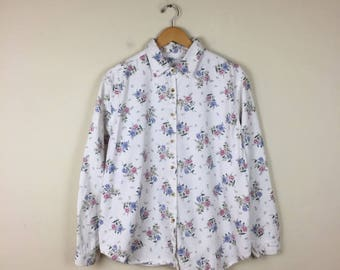 90s White Floral Button Up Size Medium