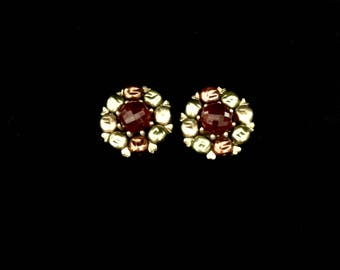 Pair of 50's Multi-Bead Clip on Earrings             GJ2684