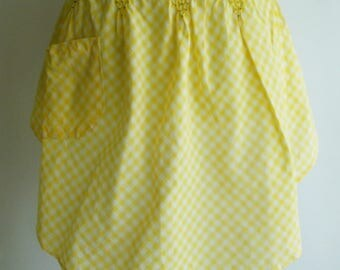 Vintage Half apron, Yellow apron, Hand smocked apron, Gingham apron, Checked apron, Yellow half apron, Gift for her, Housewarming gift