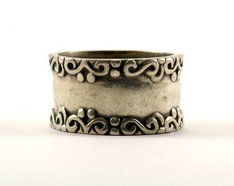Vintage Scroll Design Band Ring 925 Sterling Silver RG 2145-E