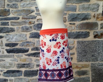 Flowery and colorful Jersey skirt