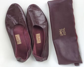 1950's men  slippers, burgundy leather slippers with case, 1950 men's slippers