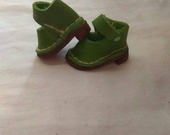 authentic leather shoes for blythe