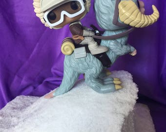 POP figure Han Solo with Tauntaun diorama