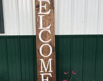 6' Wood Vertical Welcome Sign