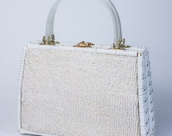 Vintage Accessory Gaymode Wicker and Raffia Basket Purse with Lucite Handles