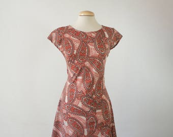 Paisley print summer groovy mini dress. 60s fabric paisley. Boho dress. Mini Mod Dress.