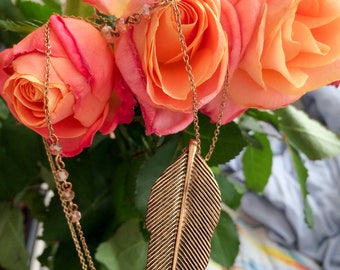 Feather Shaped Necklace | Pendant