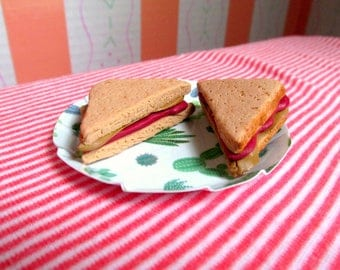 "American Food 18"" Girl Doll Food Peanut Butter and Jelly Sandwich 18 Inch Doll Accessories, PB and J Doll Lunch, Doll Sandwich, Snack"
