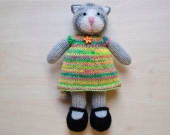 Knitted Cat Girl Toy Hand Knit Cute Cat Doll For Girls Easter Present Gift Soft Toy Stuffed Animal Knit Cat in Dress