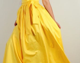 Long dress in yellow
