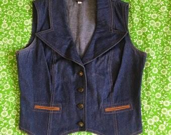 Vintage Denim Big Collar Vest 1970s Whip-O-Will Western Style Pockets Retro Groovy WOW Jean