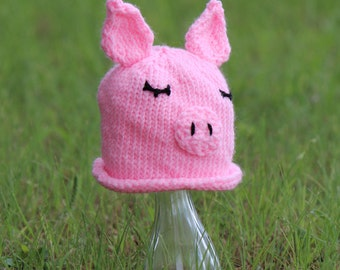 Knitted Pig Hat (Sizes: newborn to 3 months)