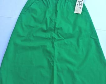 Vintage 80s Koret green skirt. New with tags. Size 12