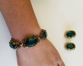 Vintage Green Clip On Earrings and Bracelet