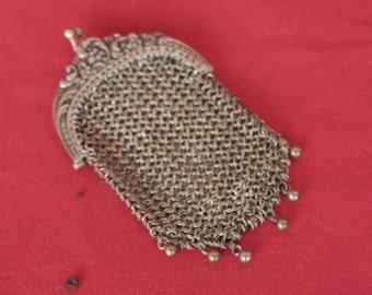ancien petit porte monnaie, aumônière, bourse pour pièces d'or en métal argenté côte de maille, πρώην ιερέας, πορτοφόλι για χρυσά νομίσματα
