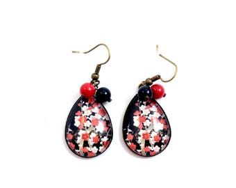 Bronze earrings - Japanese cherry blossom cabochon - black and Red bead