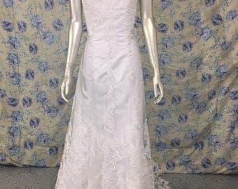 Strapless Wedding Dress Beaded Button Back Sz 8 Petite