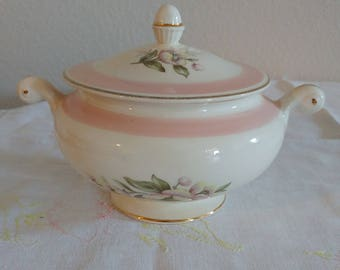 Homer Laughlin Eggshell Nautilus Sugar Bowl with Lid Pink Floral
