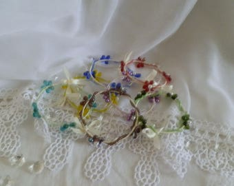 Bracelet made of satin and glass beads