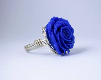 Wire Wrapped Rose Ring; Royal Blue
