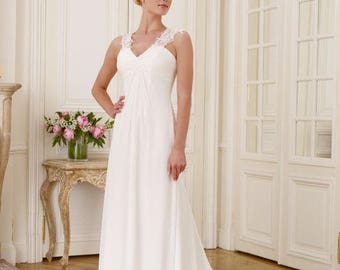 Pronuptia French brand Ivory Wedding Dress | Size 36 |