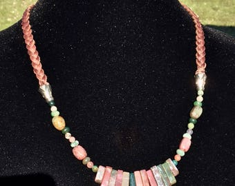 Fanned Out Stone Necklace
