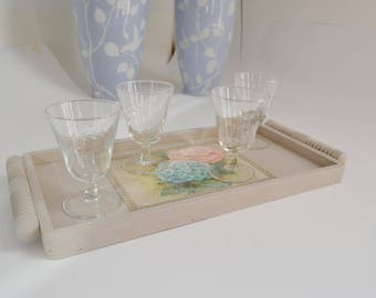 Tray old weathered color string and its 6 hydrangeas lace romantic style glasses