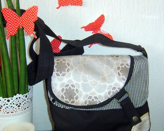 Double black Messenger bag flap with flowers and houndstooth