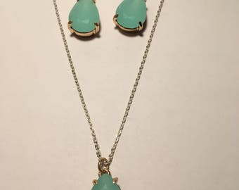 Teal & Gold Earring and Necklace Set