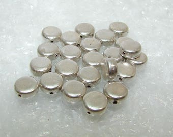 Silver disc bead 8.00 mm, smooth.  Money first. (6433551)