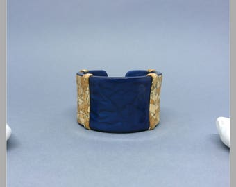 Cuff effect Cork and blue cosmos