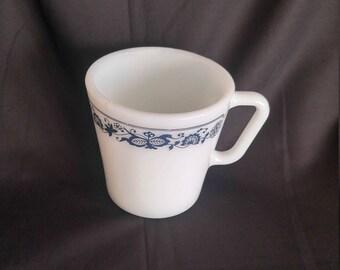 Pyrex Old Towne Blue Vintage Coffee Mug
