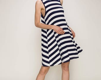 Sue&Caleb high mock neck sleeveless casual stripe dress