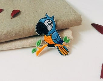 blue parrot patch-bird patch -iron on -embroidered -diy-applique -patch for jacket