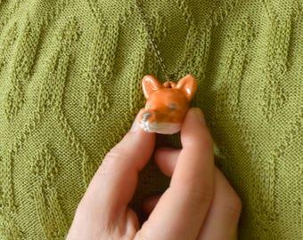 Keramieken vossen ketting | Handgemaakt vosje als hangertje | Oranje en grijs geglazuurd