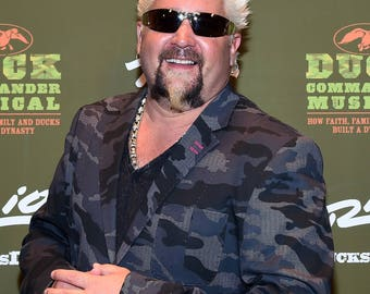 Guy Fieri / Diners, Drive‑Ins and Dives 8 x 10 / 8x10 GLOSSY Photo Picture IMAGE #4