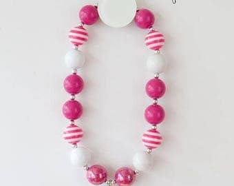Valentine Bubblegum Necklace, Bubblegum Necklace, Beaded Necklace, Cake Smash Necklace, Photo Shoot Necklace, Children's Necklace