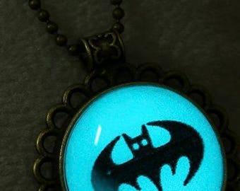 Vintage Batman/Bat Glowing Necklace