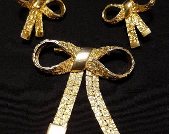 Vintage Gold Bow Pin and matching earrings