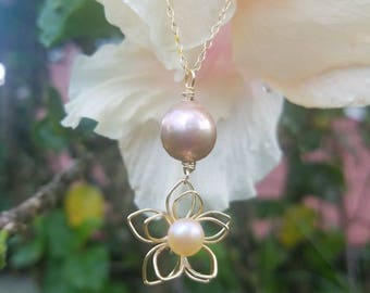 Pink Edison flower necklace