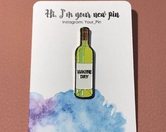Wine bottle pin