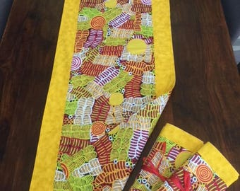 Reversible Table Runner and four matching placemats.