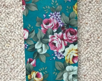 LARGE Reusable Beeswax Food Wrap Green Vintage Floral Rose Flowers 30cm x 30cm Zero Waste Natural Living