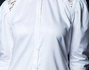 MERAKI   The White Shirt