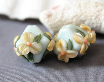 Elizabeth Creations SOFT LOVE artisan lampwork matching handmade glass beads Sra